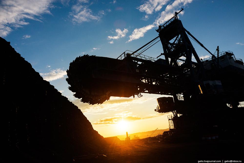 The biggest coal mine in Russia 02