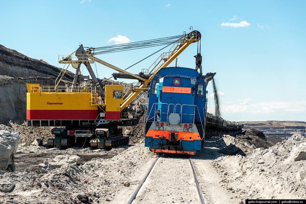 The biggest coal mine in Russia 06