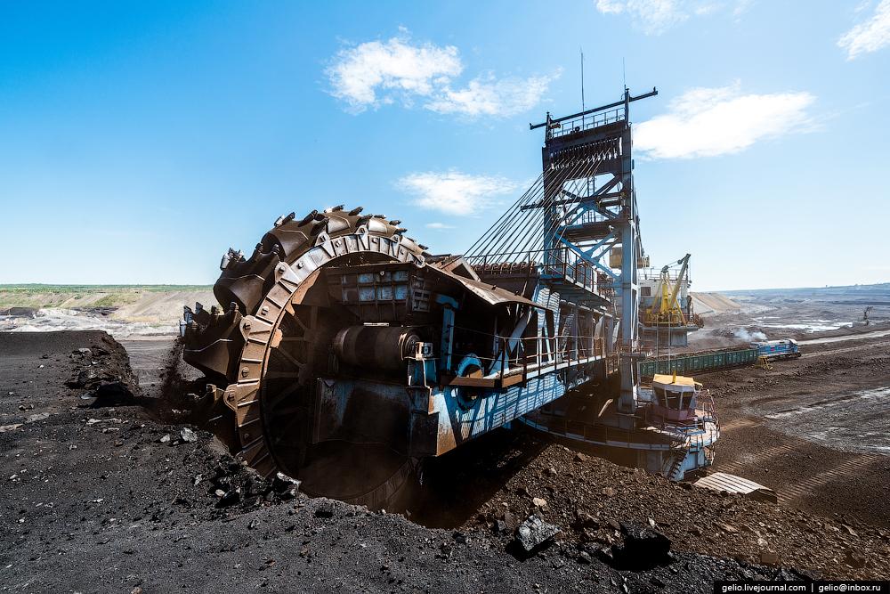 The biggest coal mine in Russia 12