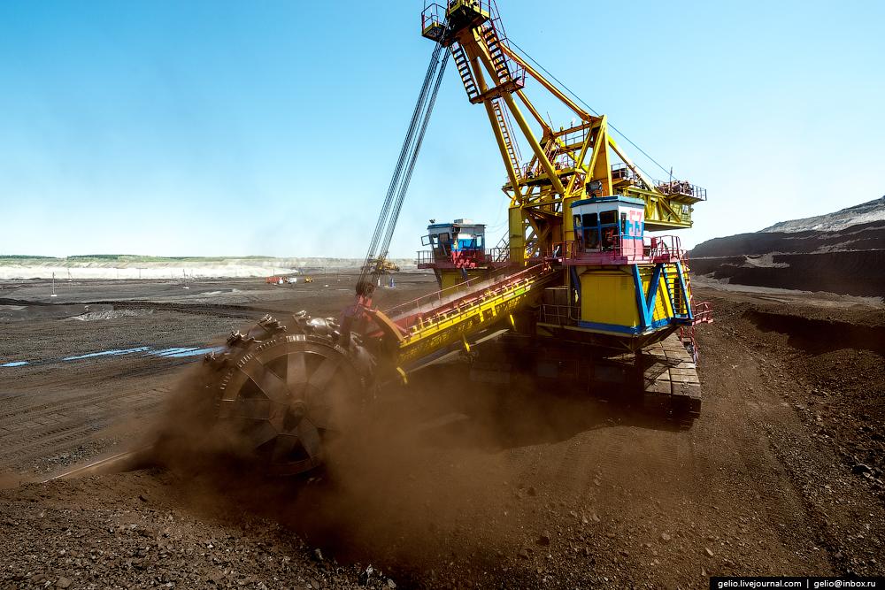 The biggest coal mine in Russia 27