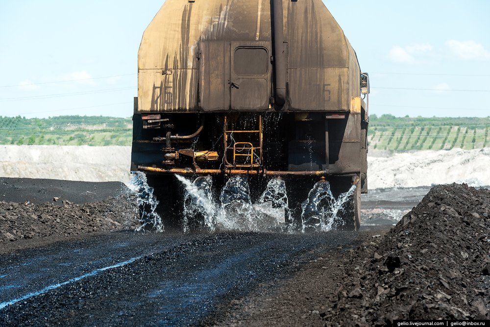 The biggest coal mine in Russia 33