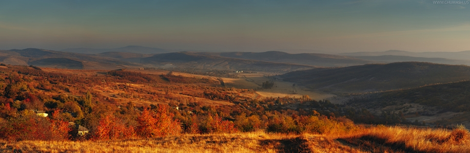 The charm of autumn in the countryside of Moldova 02