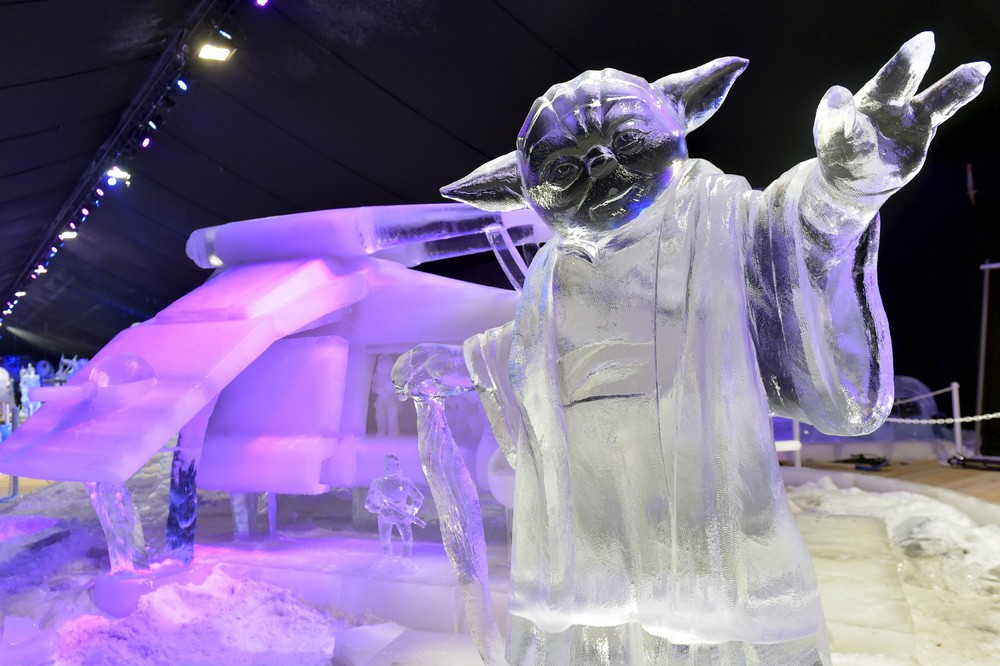 The ice sculpture festival in Belgium 02