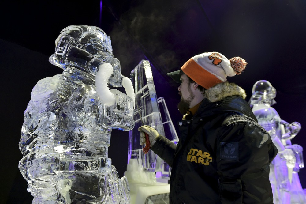 The ice sculpture festival in Belgium 03