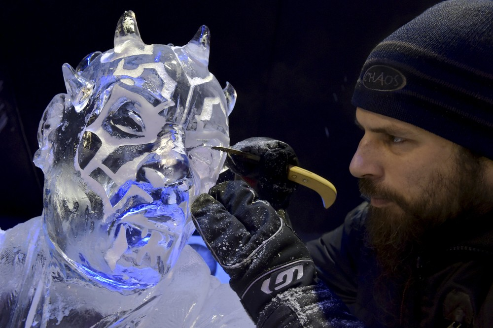 The ice sculpture festival in Belgium 06