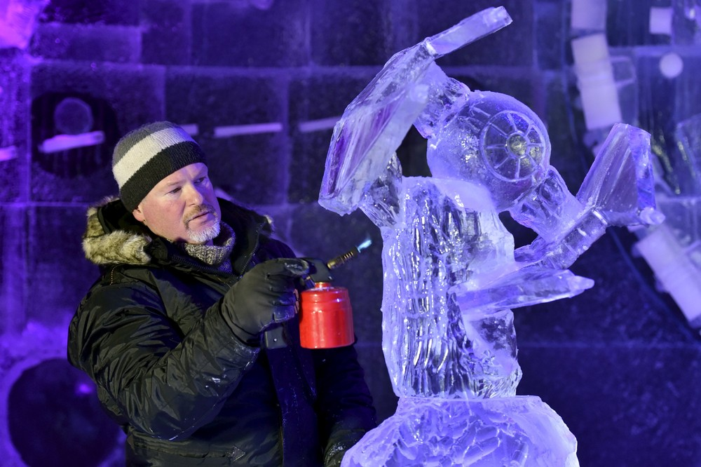 The ice sculpture festival in Belgium 07