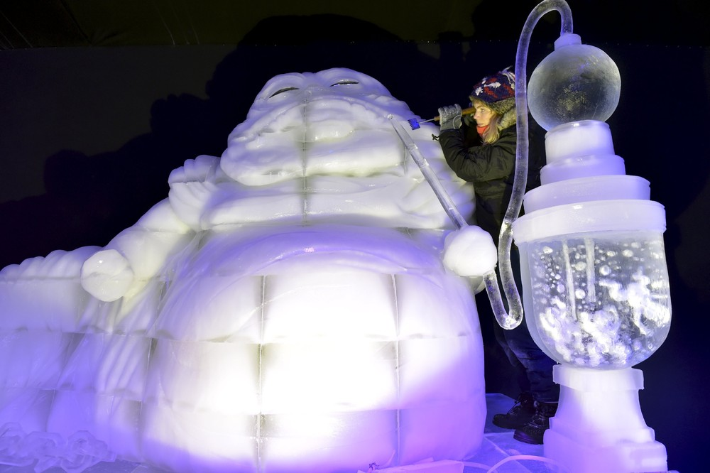 The ice sculpture festival in Belgium 08