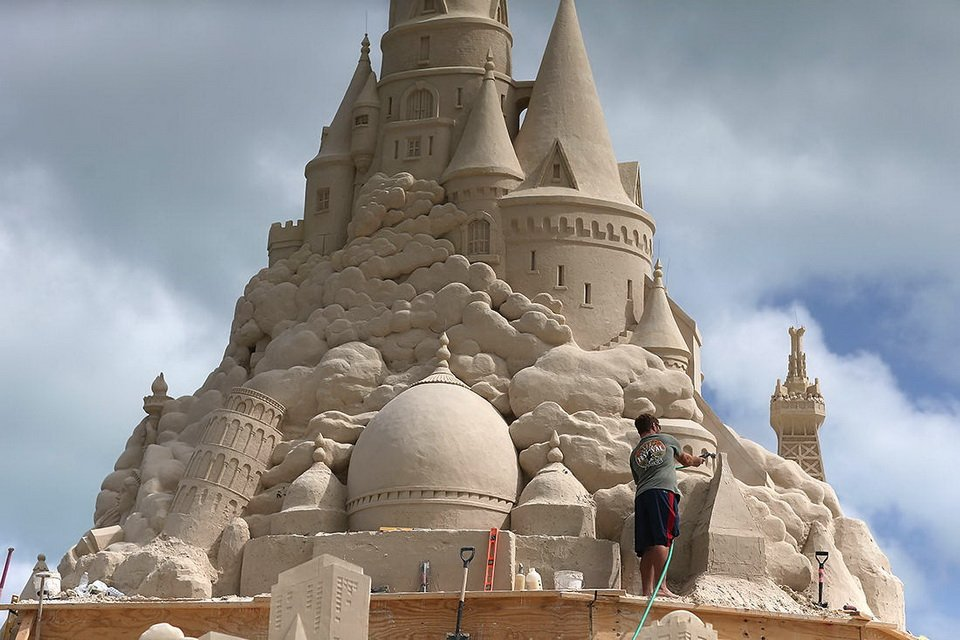The tallest sand castle_3