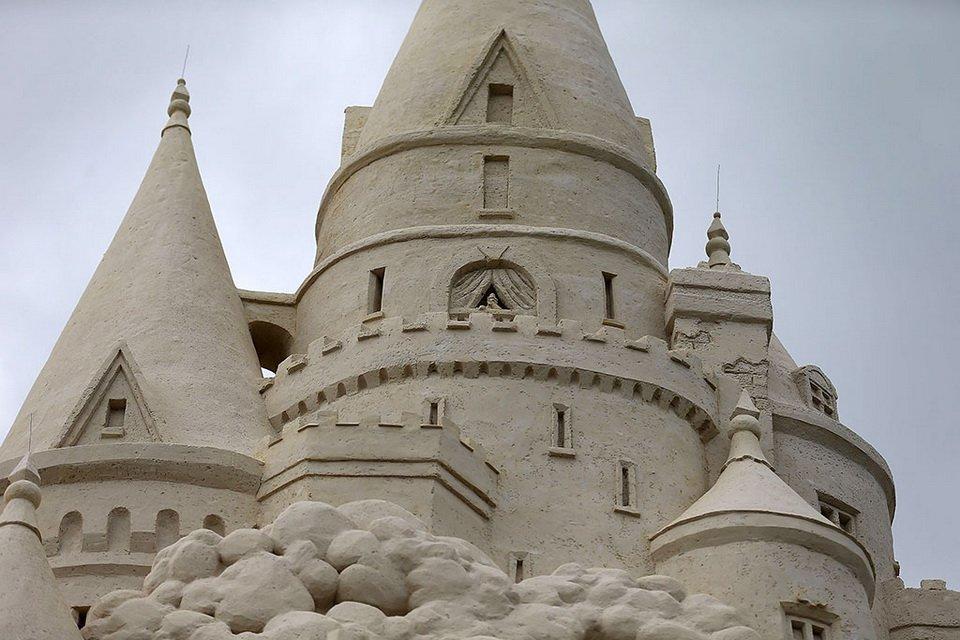 The tallest sand castle_7