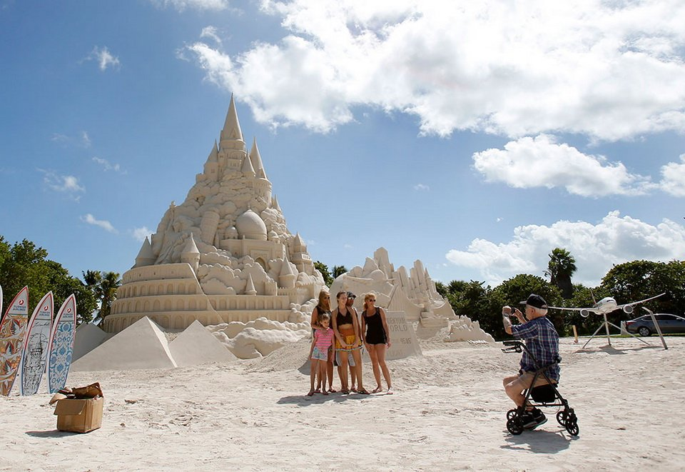 The tallest sand castle_9