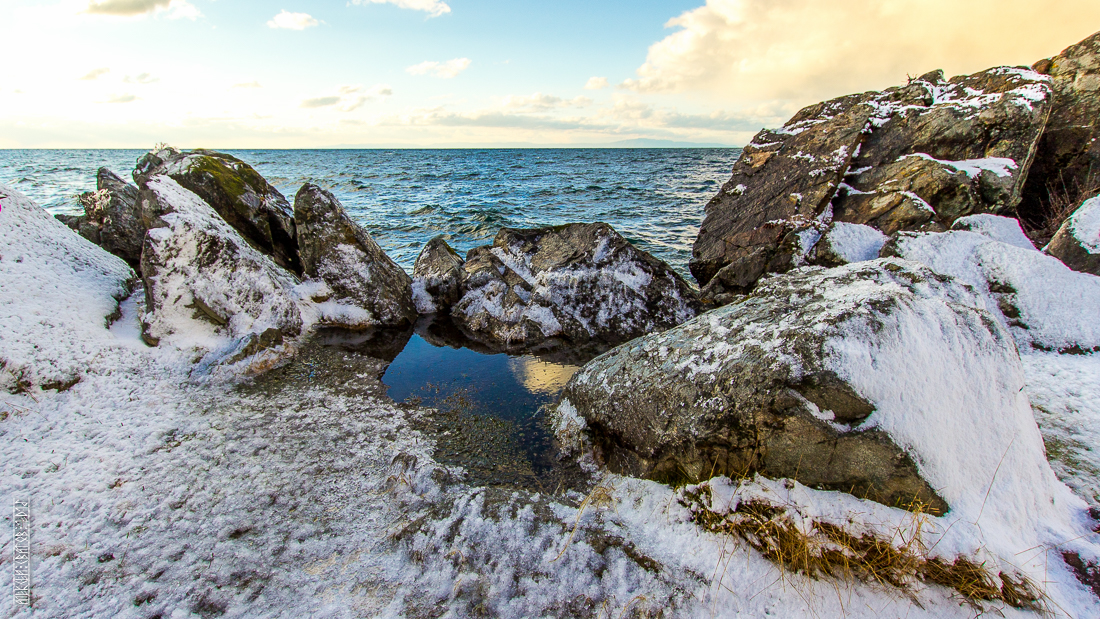 The waves, the snow and rocks of the Baikal 09