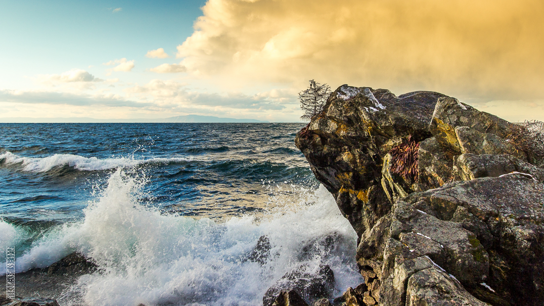 The waves, the snow and rocks of the Baikal 14