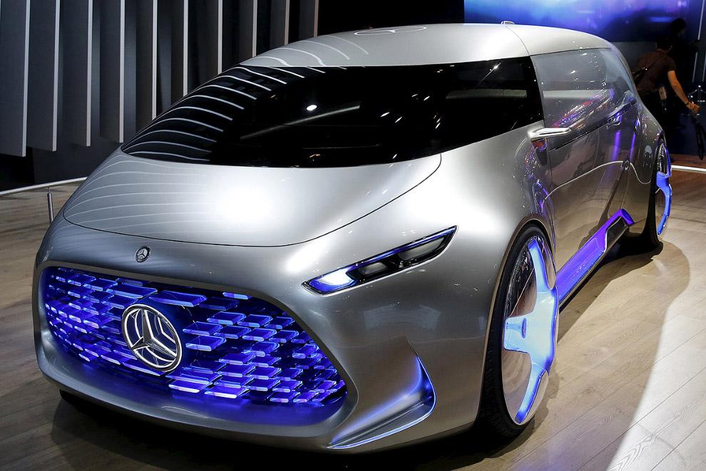 Tokyo motor show futuristic cars 2015_09