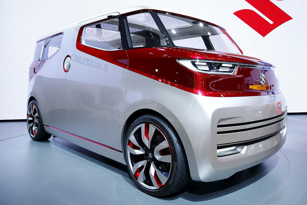 Tokyo motor show futuristic cars 2015_26