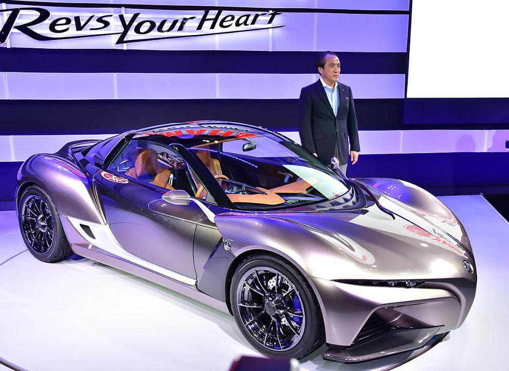 Tokyo motor show futuristic cars 2015_27