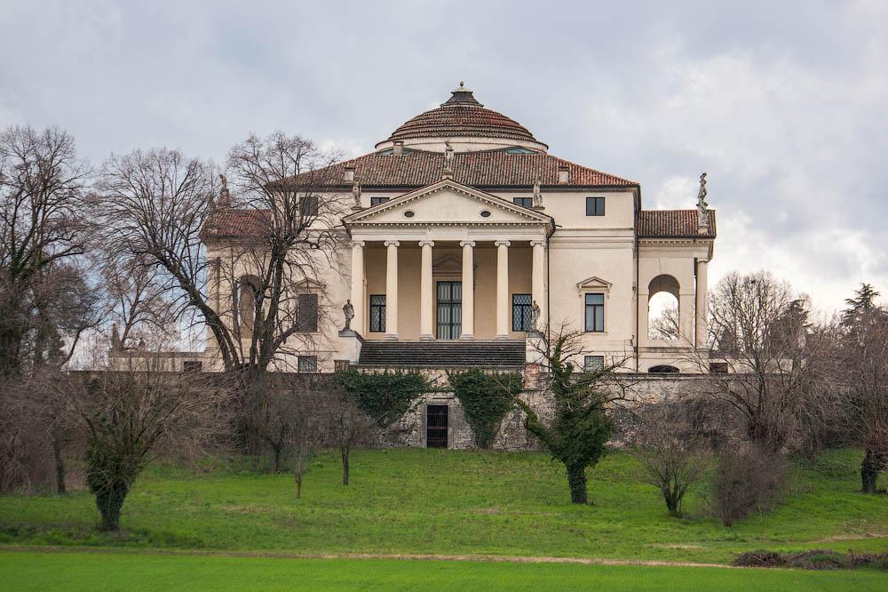 Вилла Ла Ротонда и Вилла Карликов, Виченца