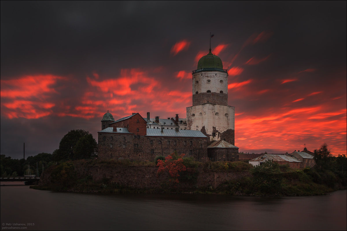 Vyborg - the castle, bad weather, sunsets and flights 001