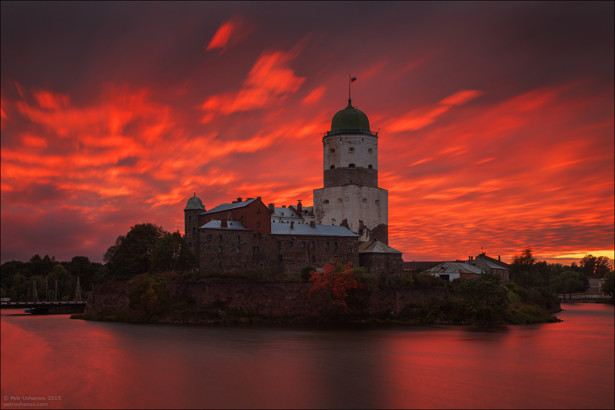 Vyborg - the castle, bad weather, sunsets and flights 002