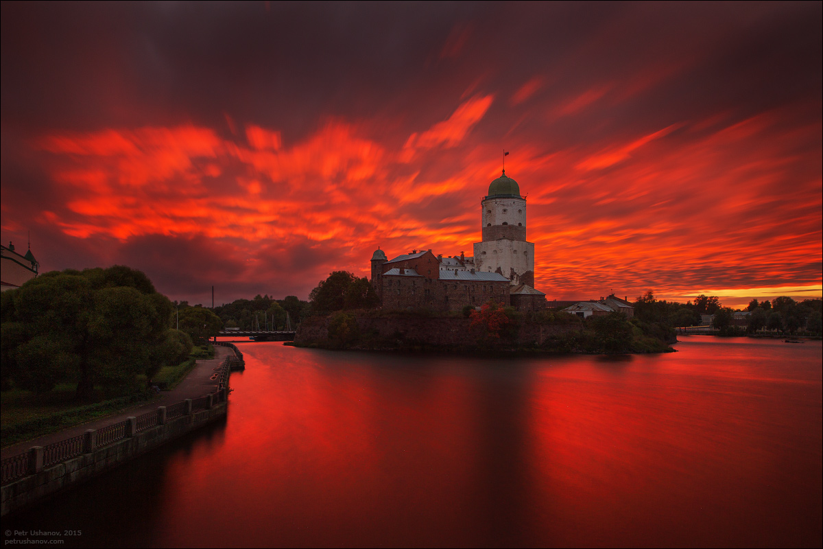 Vyborg - the castle, bad weather, sunsets and flights 003