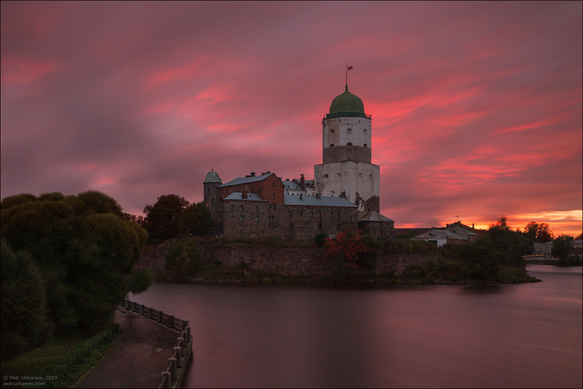 Vyborg - the castle, bad weather, sunsets and flights 004