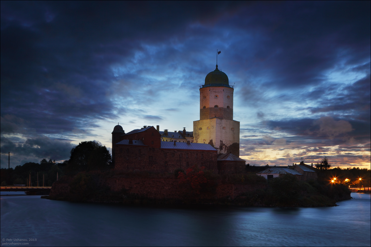Vyborg - the castle, bad weather, sunsets and flights 005