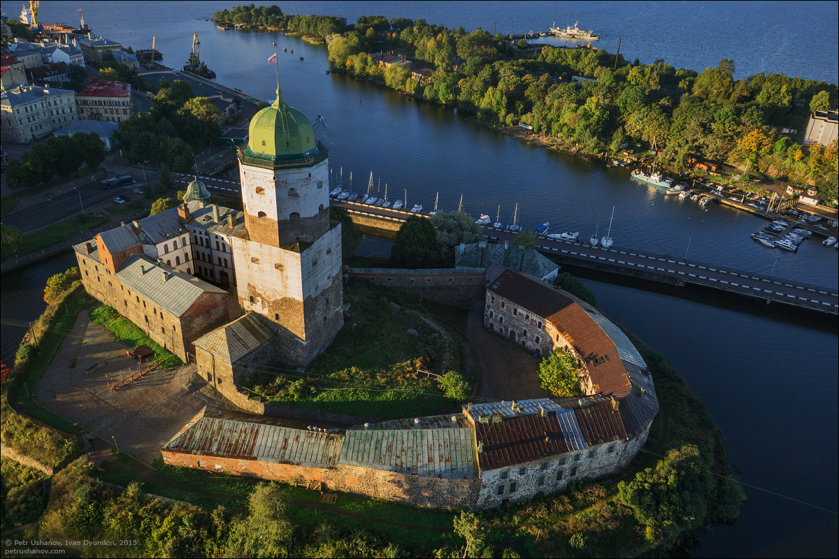 Vyborg - the castle, bad weather, sunsets and flights 012