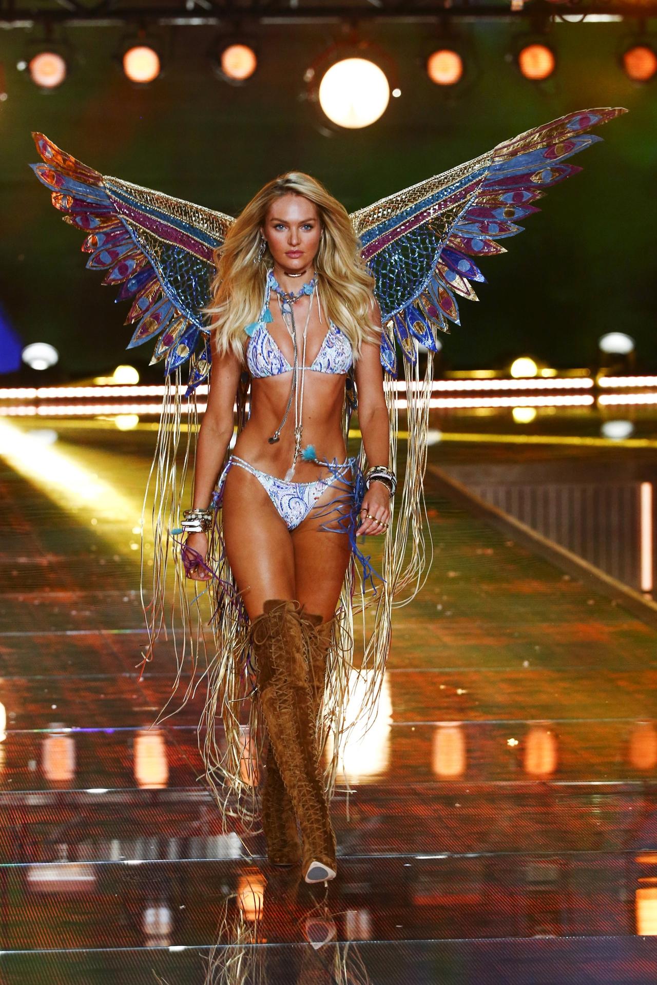 victorias-secret-fashion-show-2015-reuters-12