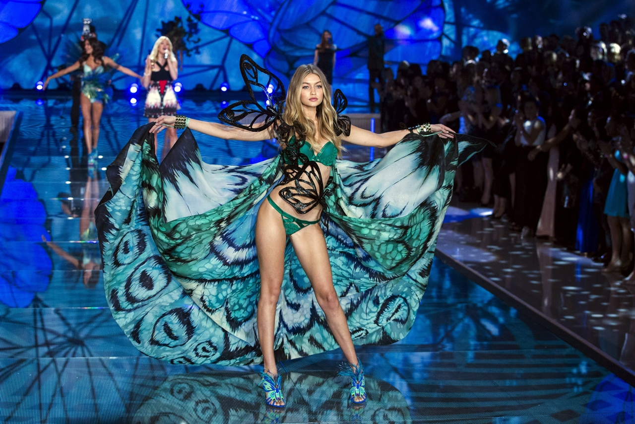 victorias-secret-fashion-show-2015-reuters-6
