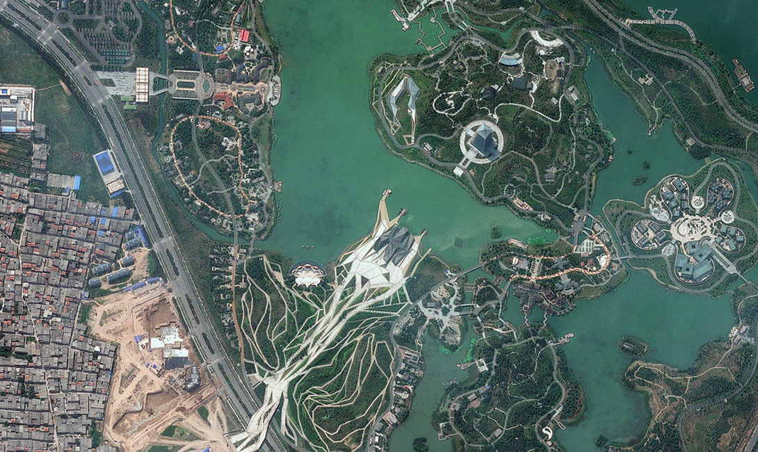 20 of the best photos taken from the satellite 2015_03