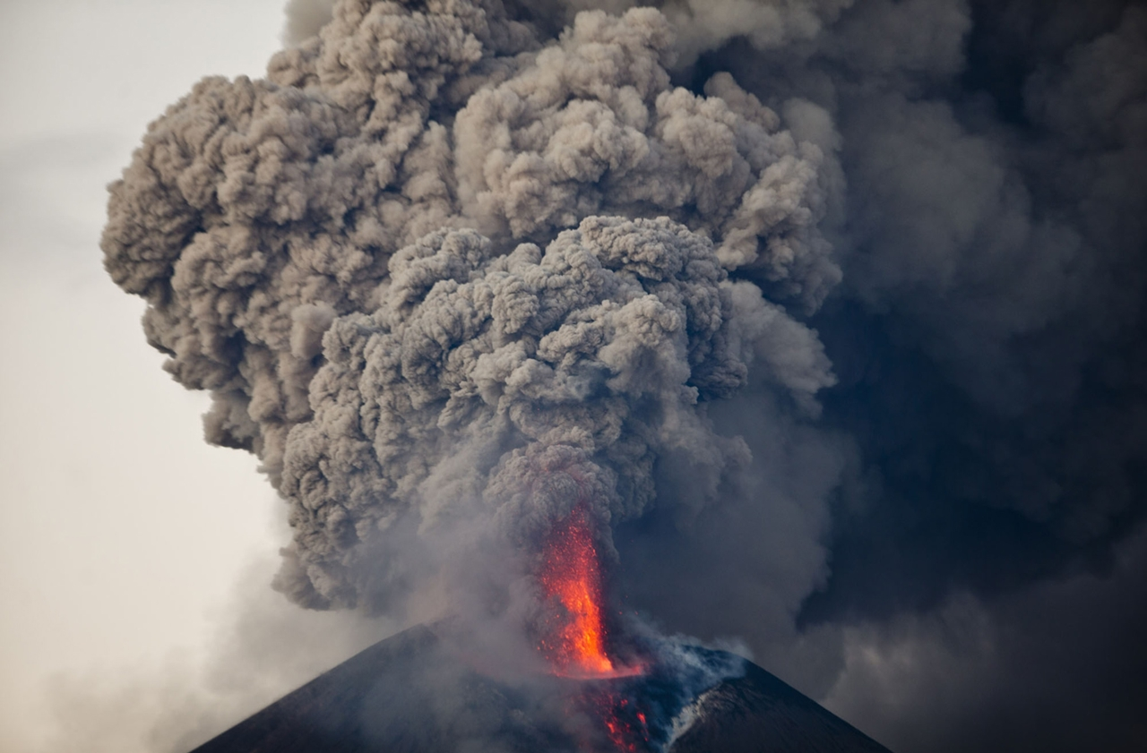 2015 The Year in Volcanic Activity 22