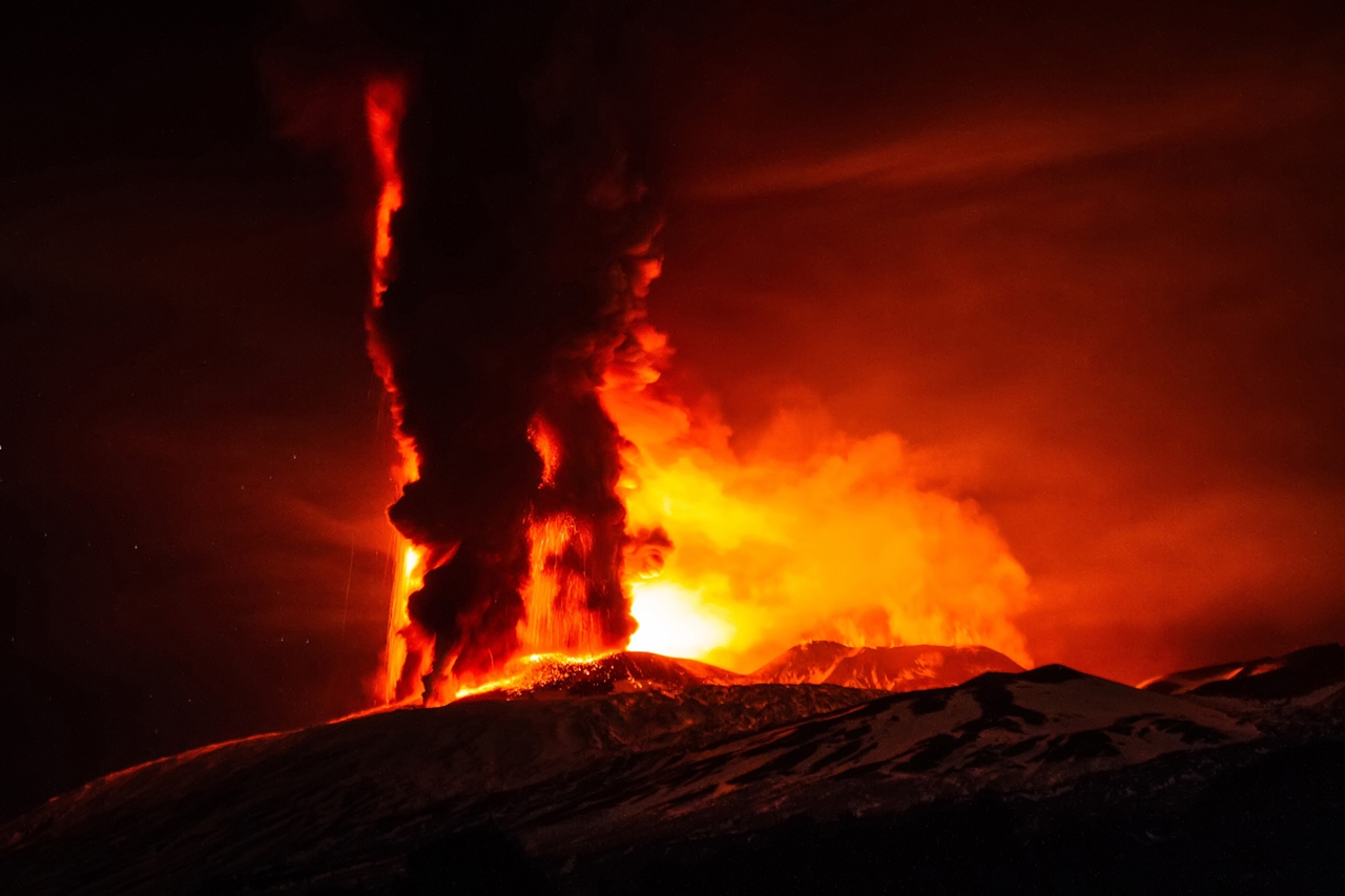 2015 The Year in Volcanic Activity 31