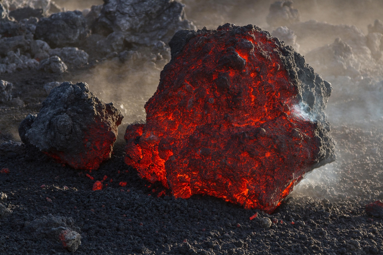 2015 The Year in Volcanic Activity 32