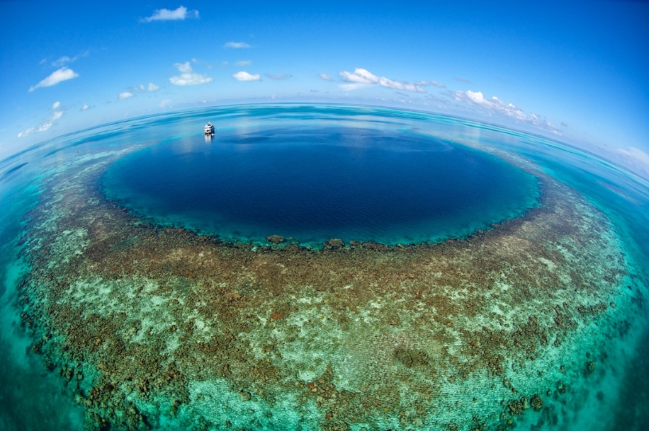 6 impressive sinkholes of the world 13