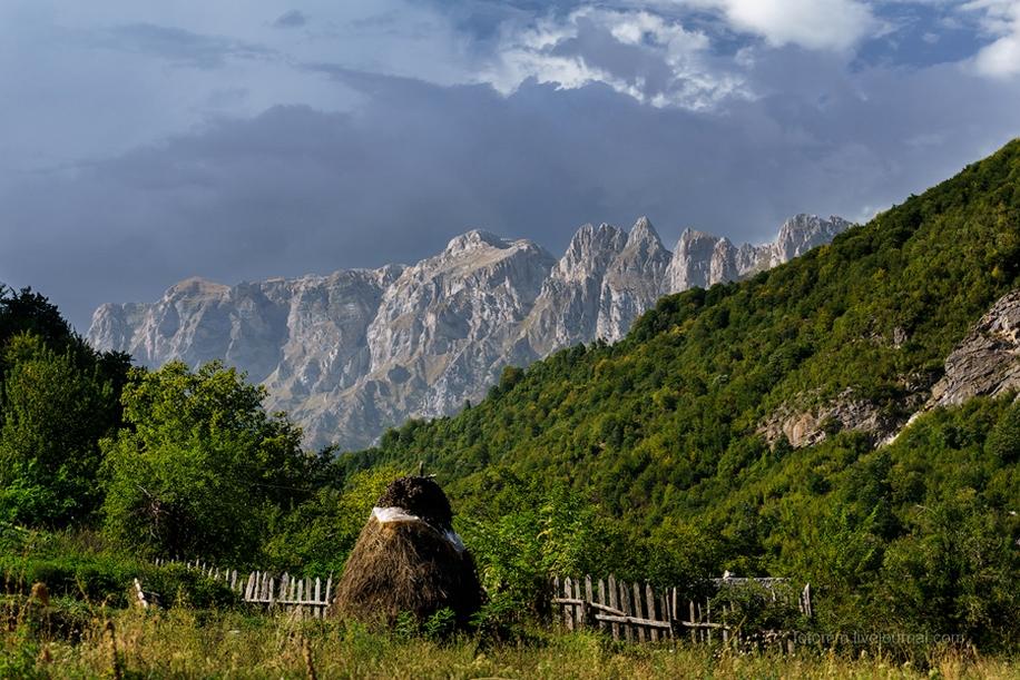 Albania. The dark horse of Europe 39