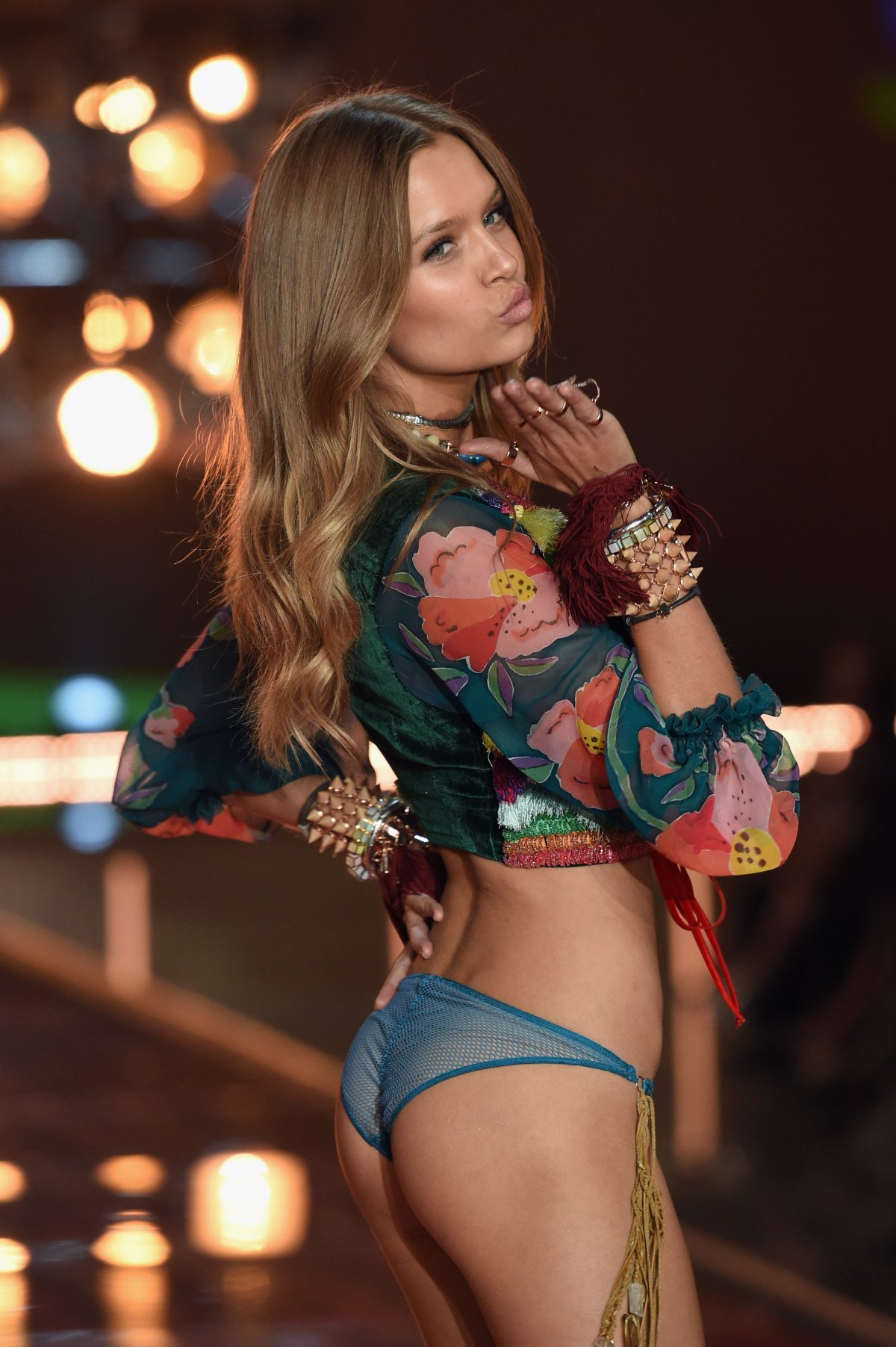 All the outfits from the fashion show Victoria's Secret Fashion Show 2015_18