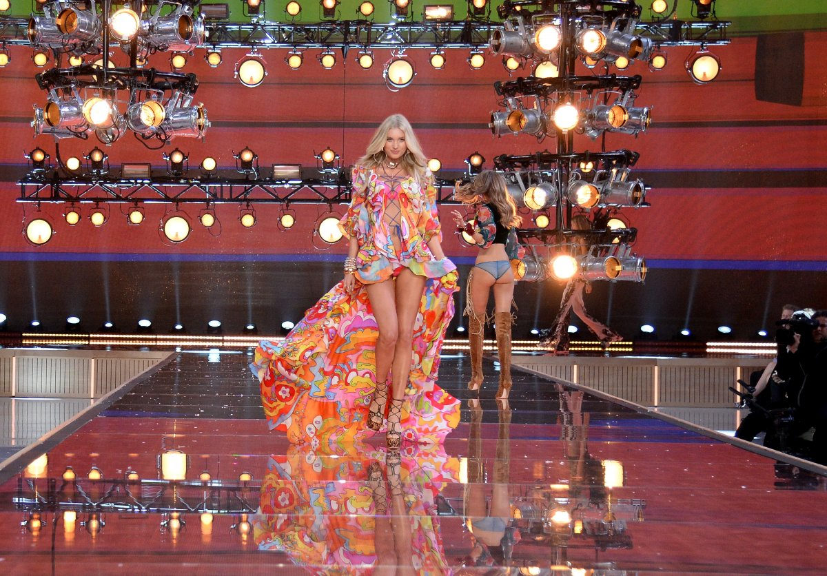 All the outfits from the fashion show Victoria's Secret Fashion Show 2015_19