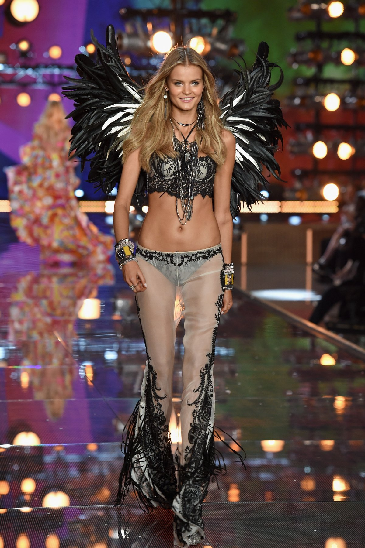 All the outfits from the fashion show Victoria's Secret Fashion Show 2015_20