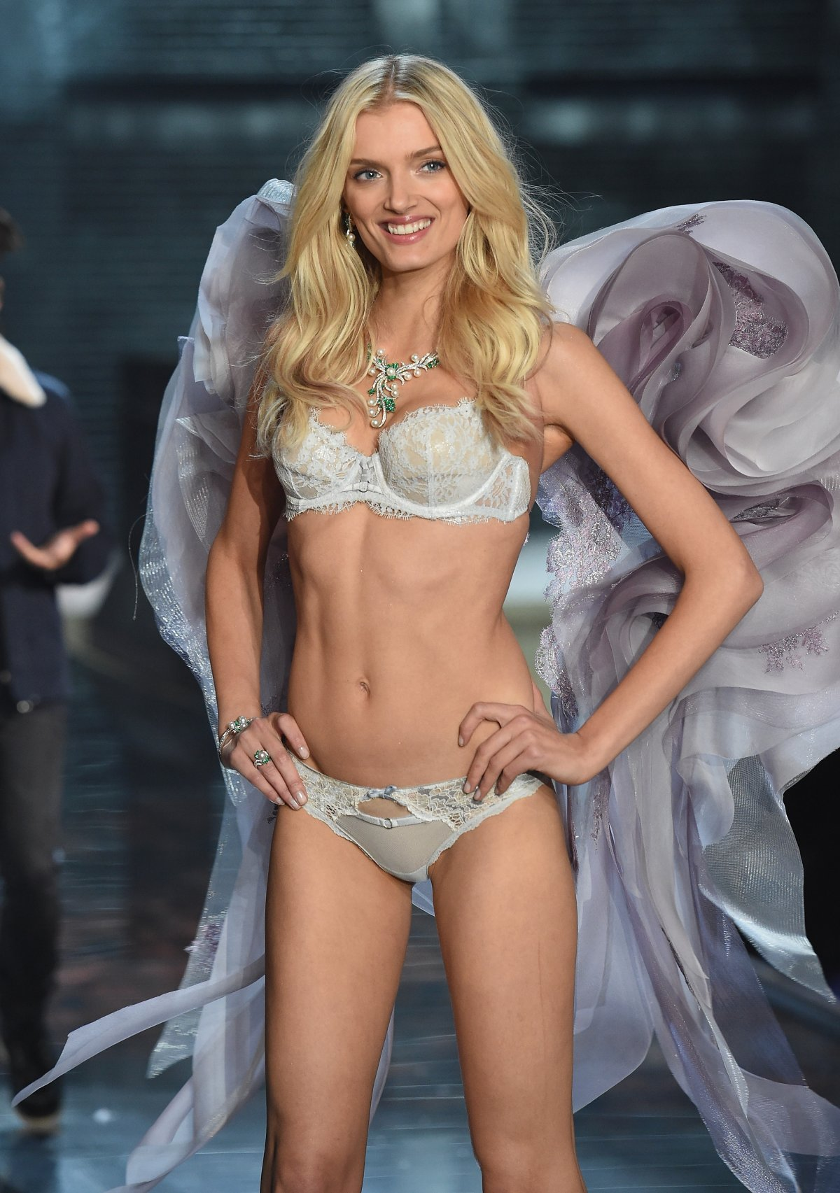 All the outfits from the fashion show Victoria's Secret Fashion Show 2015_22