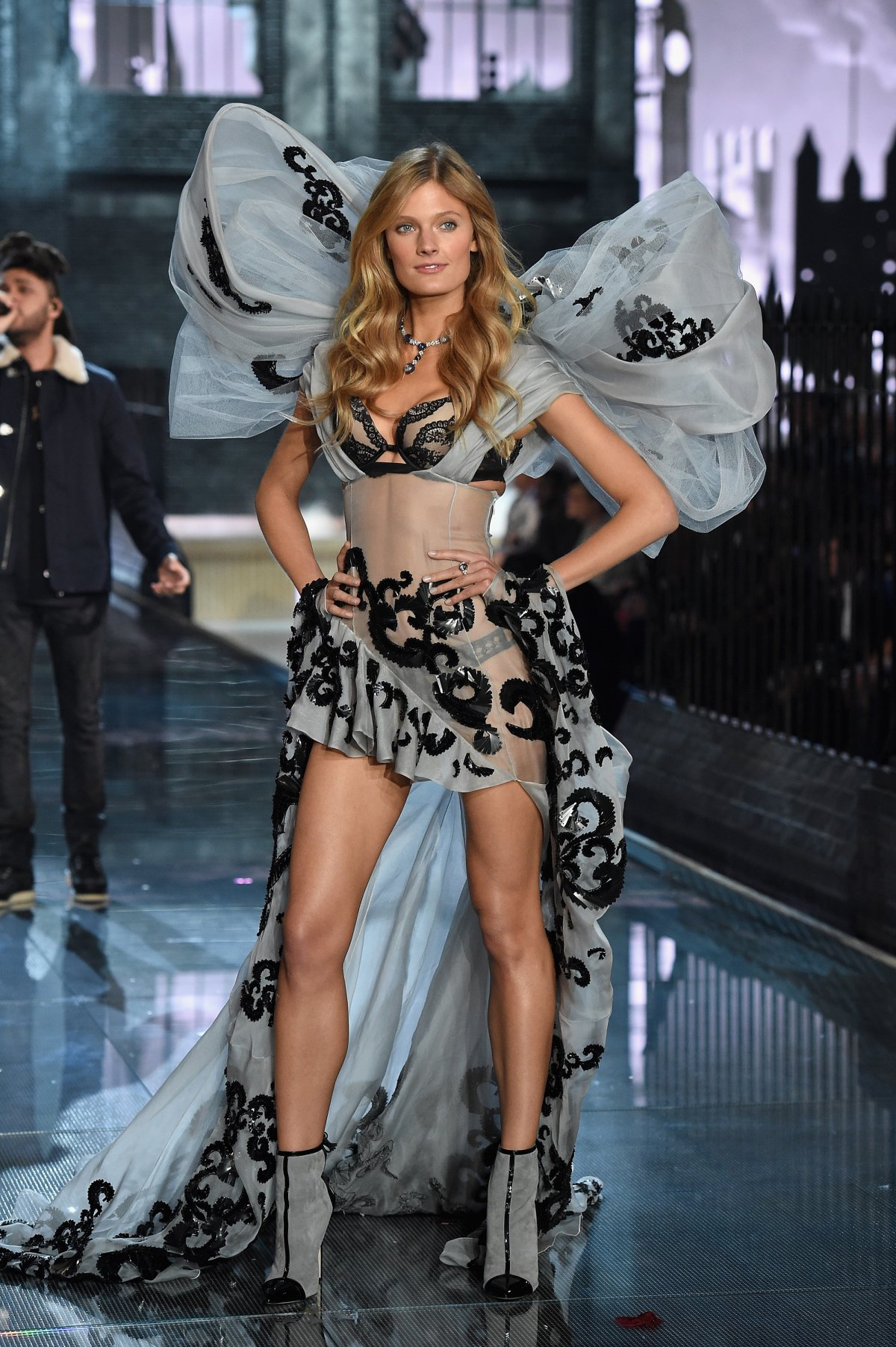 All the outfits from the fashion show Victoria's Secret Fashion Show 2015_33