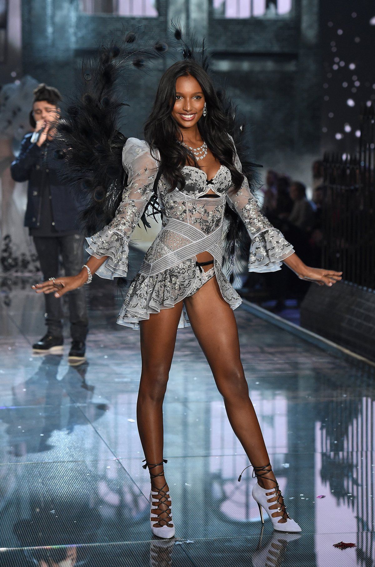 All the outfits from the fashion show Victoria's Secret Fashion Show 2015_34