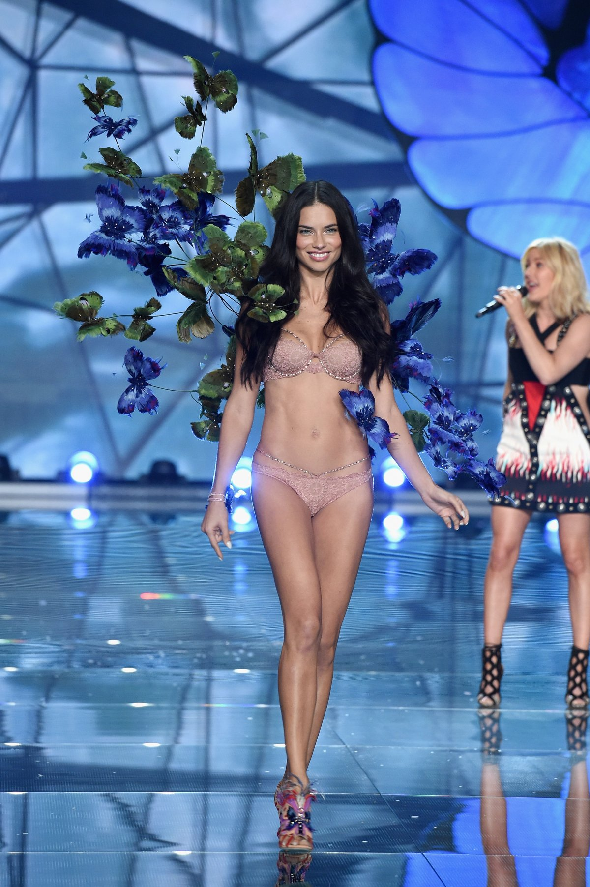 All the outfits from the fashion show Victoria's Secret Fashion Show 2015_35