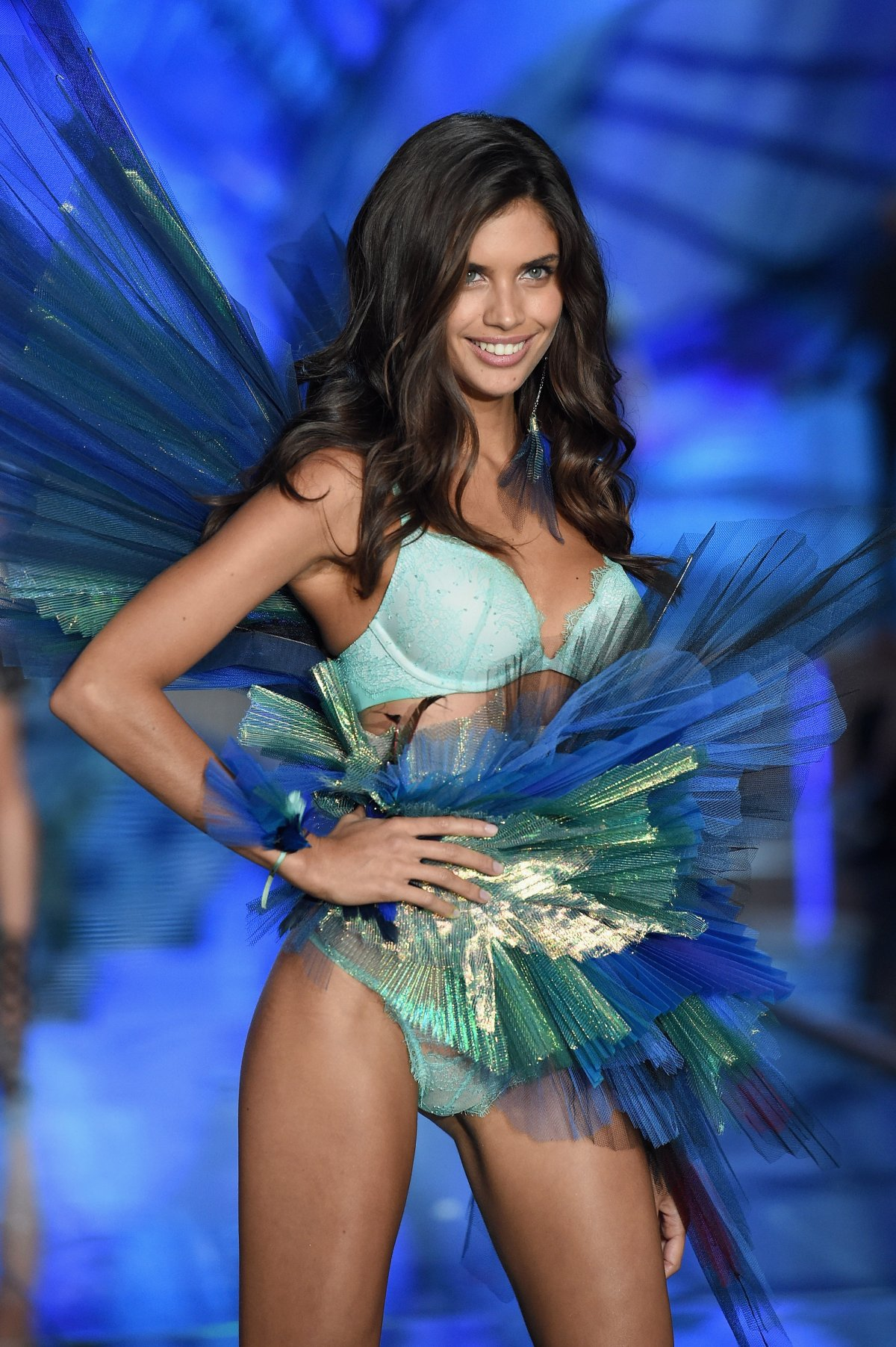 All the outfits from the fashion show Victoria's Secret Fashion Show 2015_37