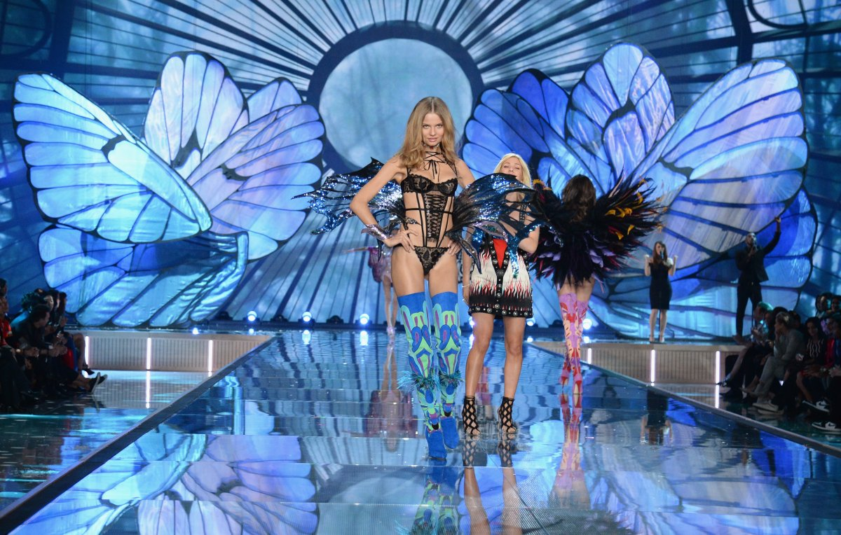 All the outfits from the fashion show Victoria's Secret Fashion Show 2015_43
