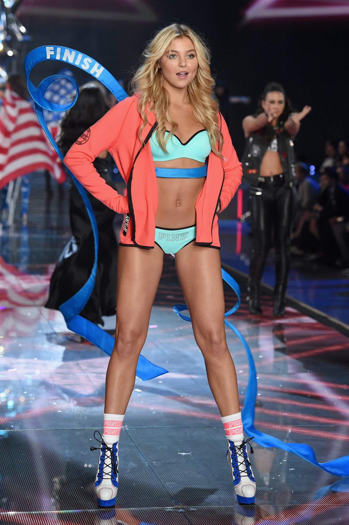 All the outfits from the fashion show Victoria's Secret Fashion Show 2015_49