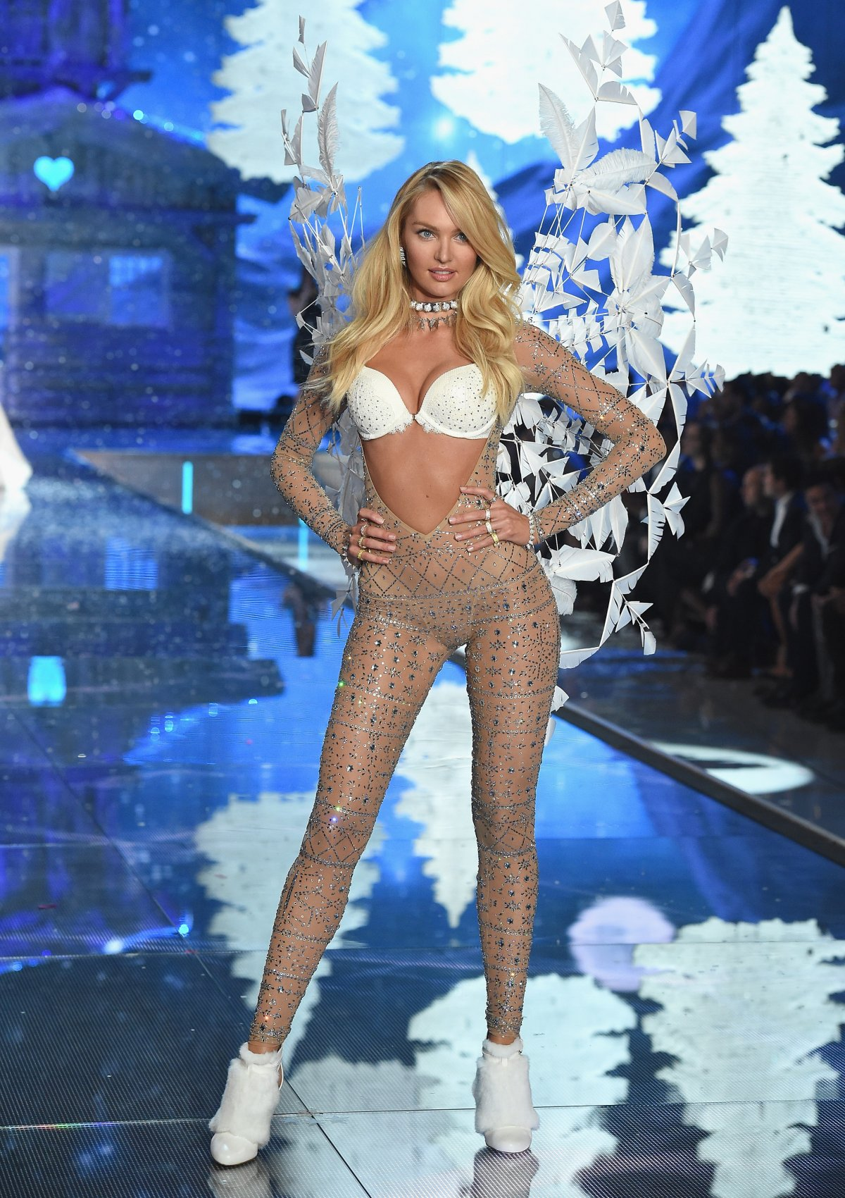 All the outfits from the fashion show Victoria's Secret Fashion Show 2015_58