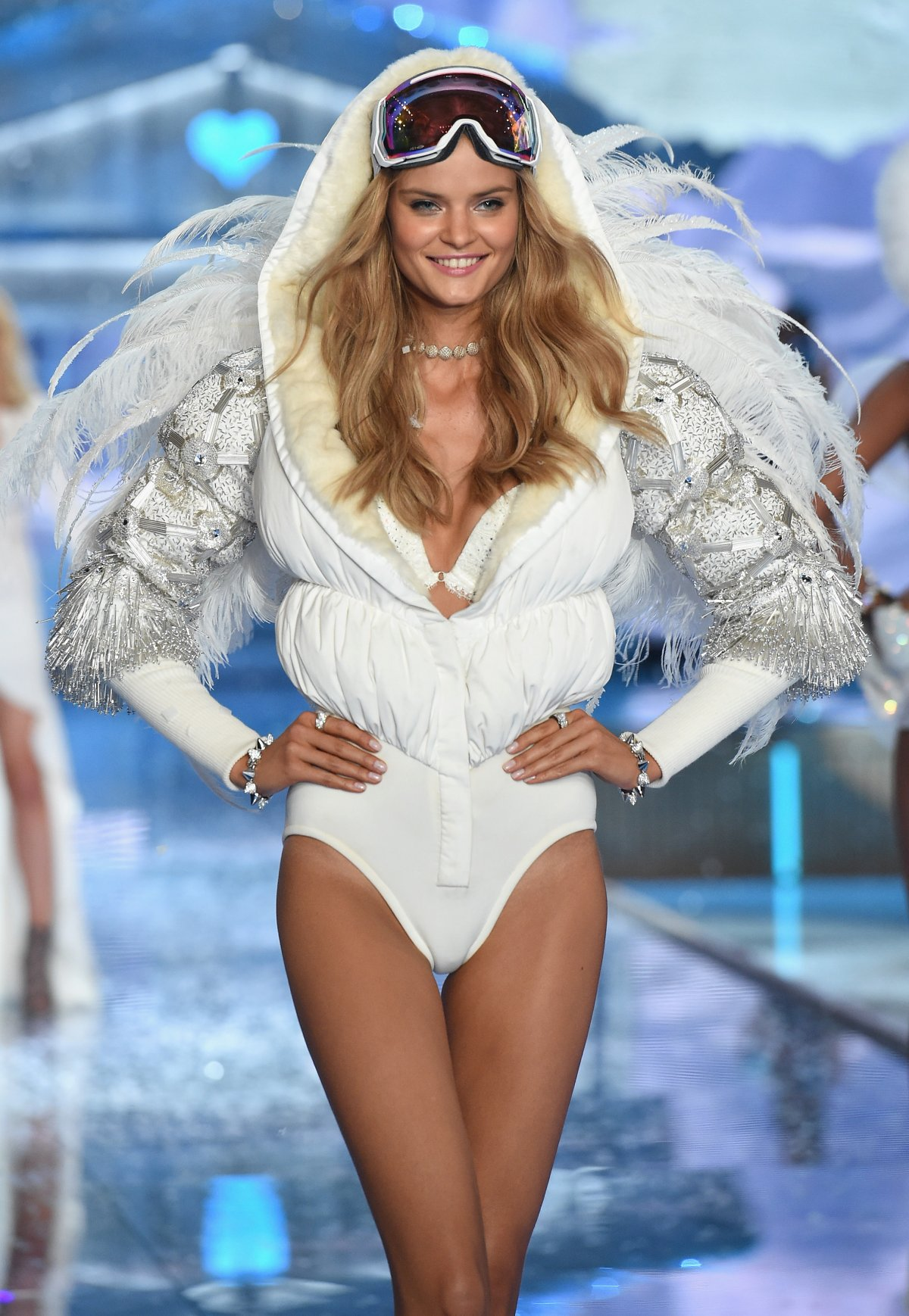 All the outfits from the fashion show Victoria's Secret Fashion Show 2015_61
