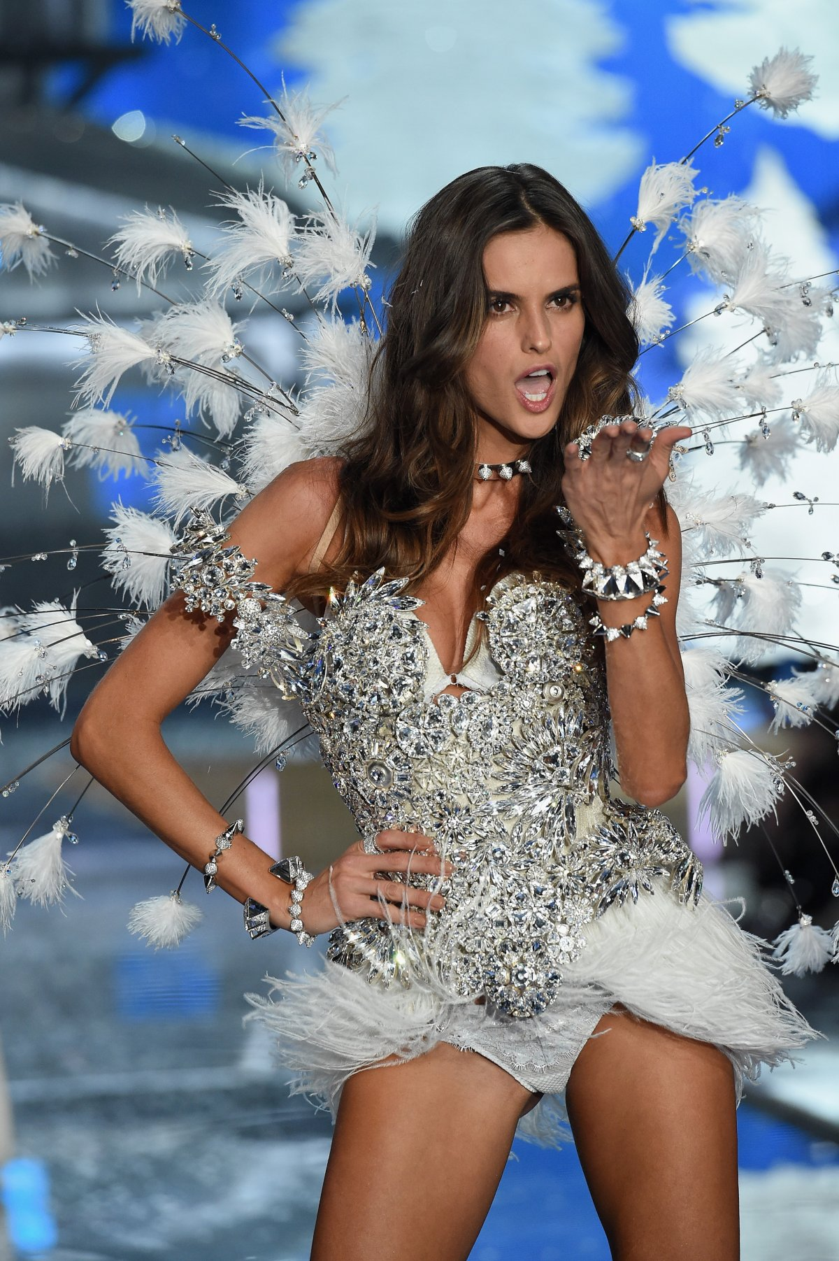 All the outfits from the fashion show Victoria's Secret Fashion Show 2015_64