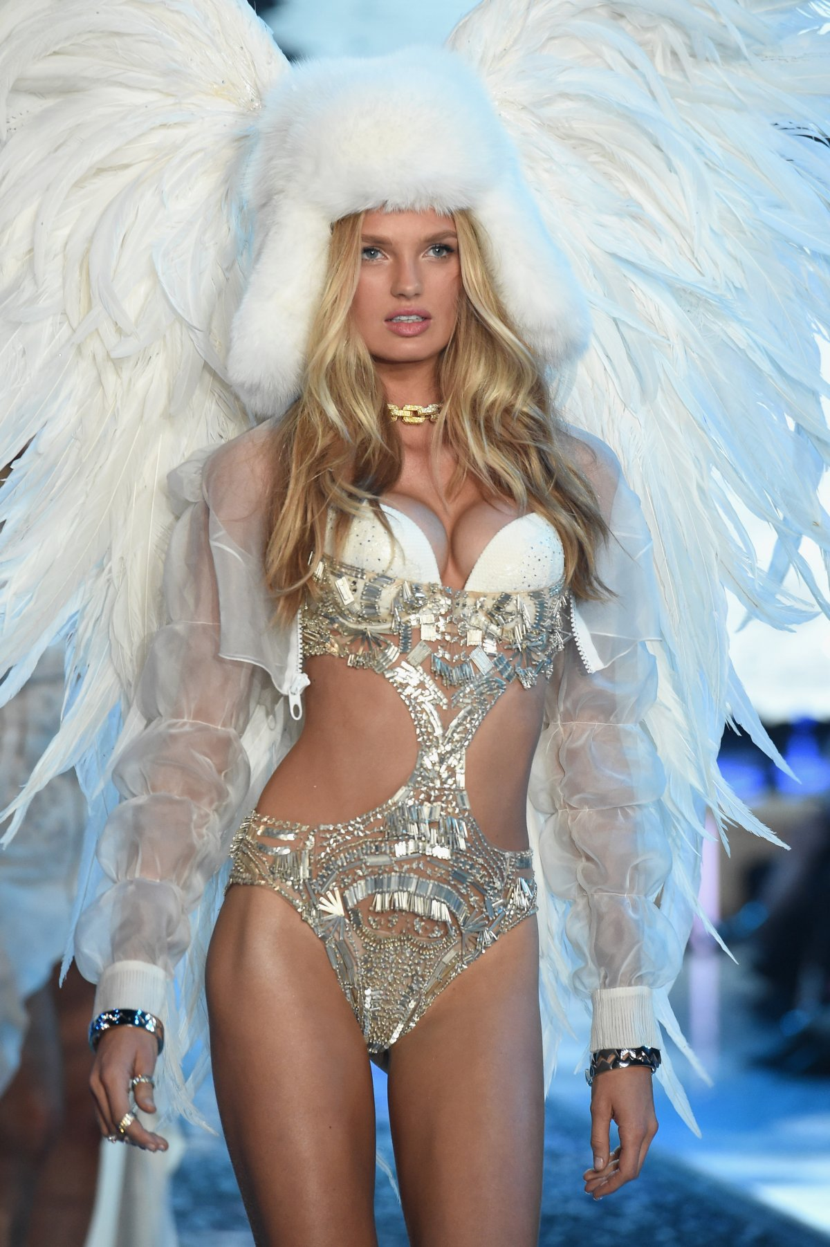 All the outfits from the fashion show Victoria's Secret Fashion Show 2015_69