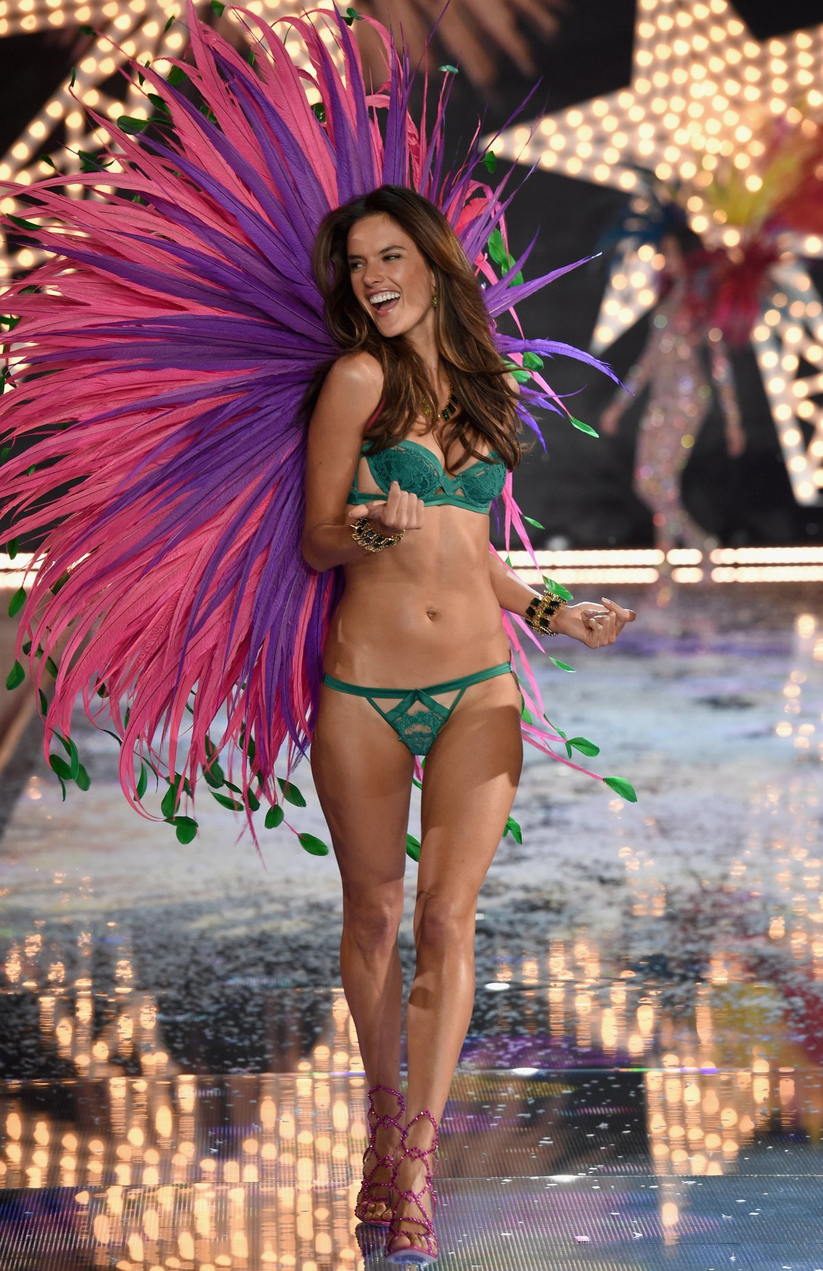 All the outfits from the fashion show Victoria's Secret Fashion Show 2015_71
