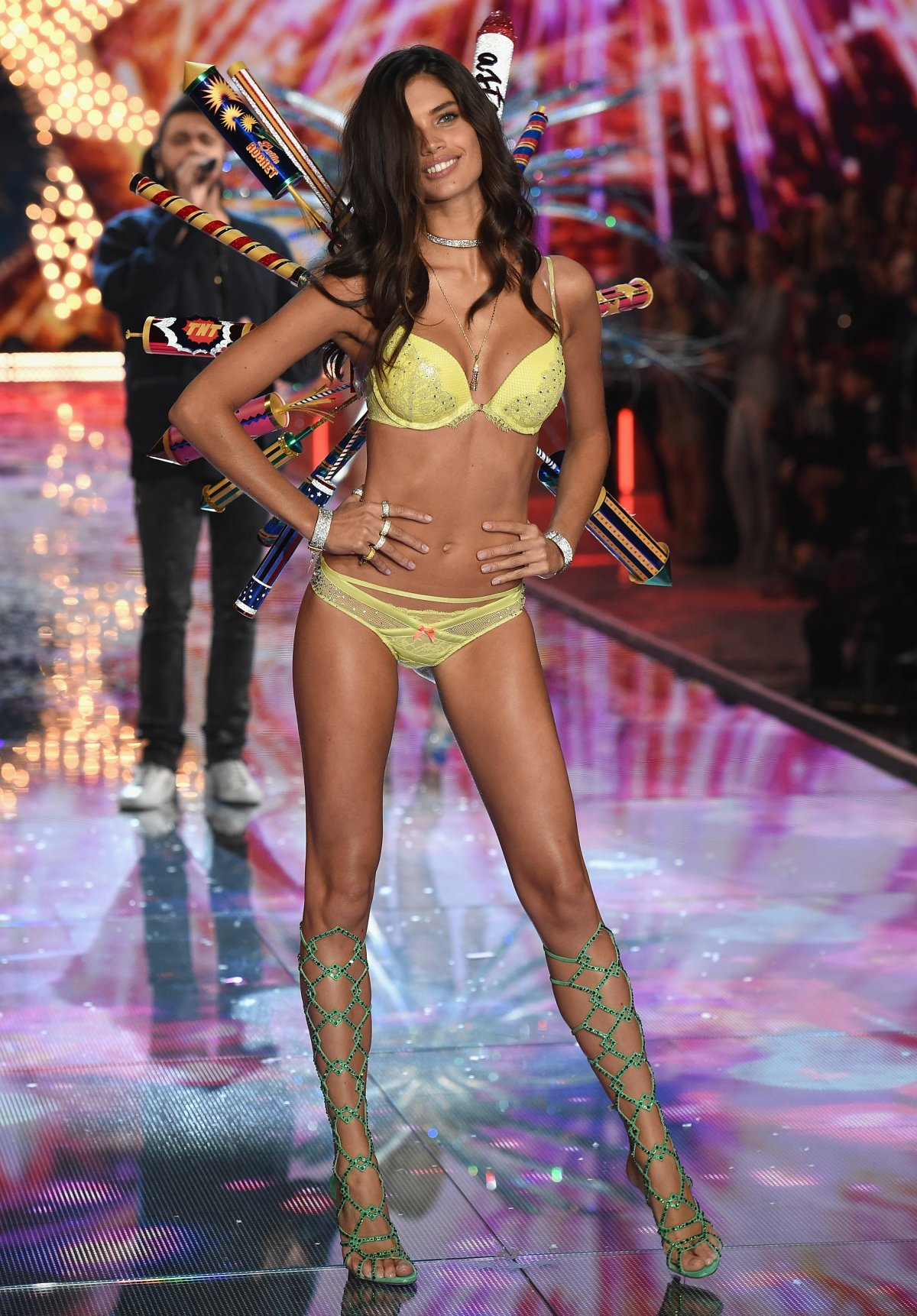 All the outfits from the fashion show Victoria's Secret Fashion Show 2015_78